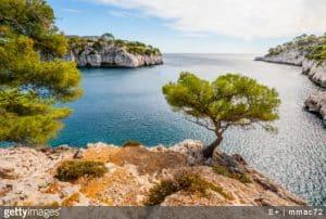 cote-dazur-paysage-mer-vegetation-calanque-rochers