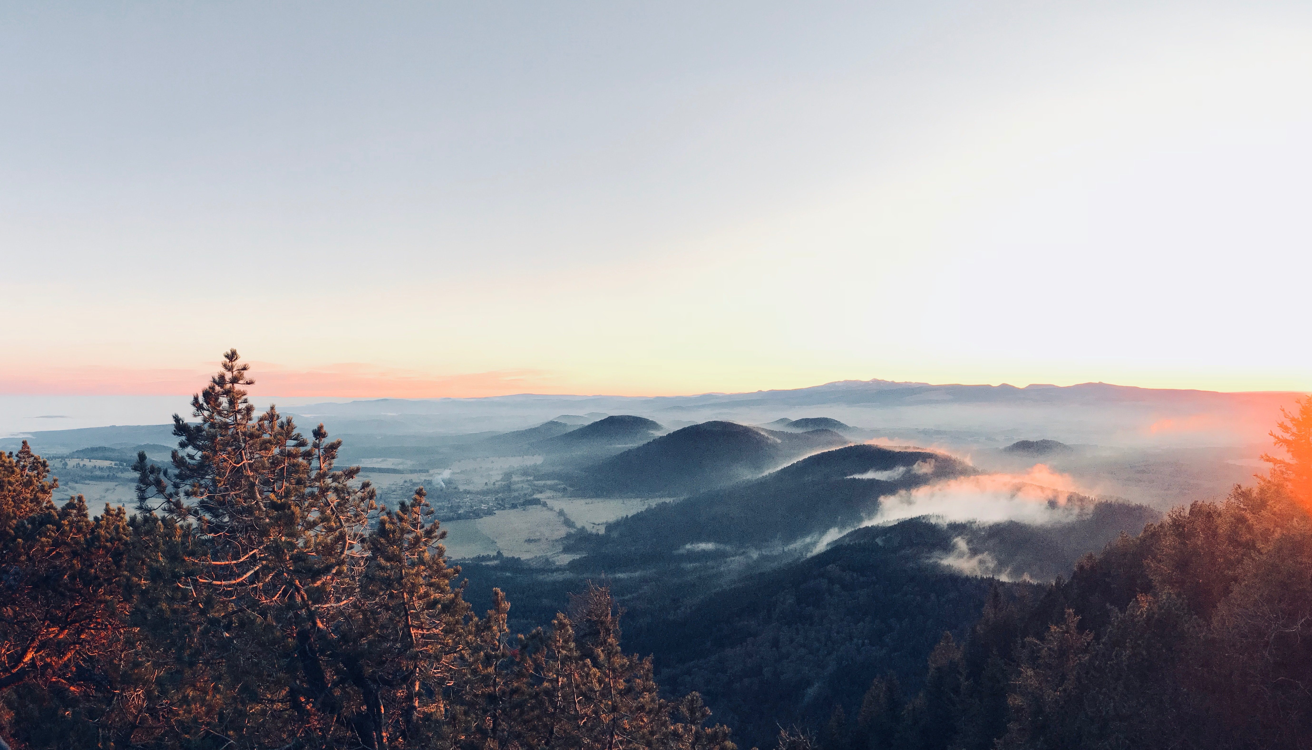 Vue montagnes Auvergne